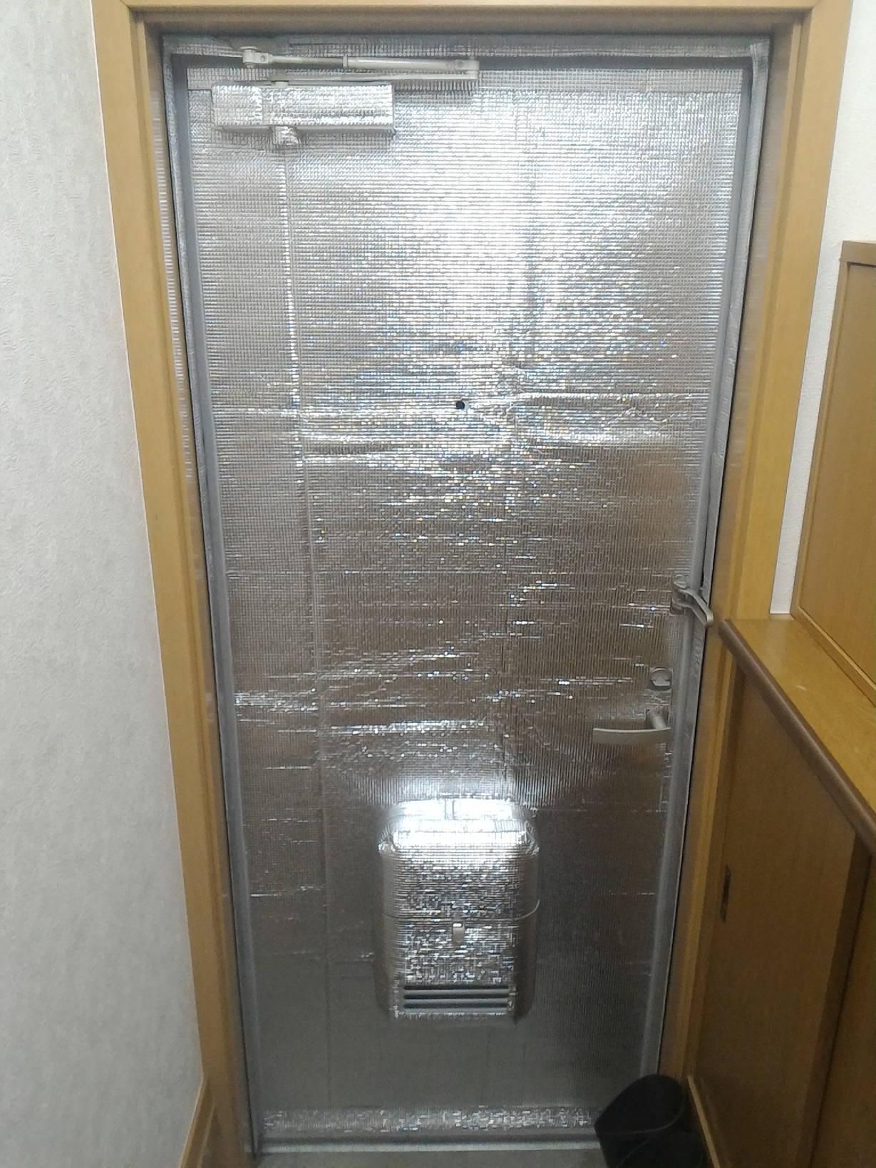 玄関ドア断熱DIY